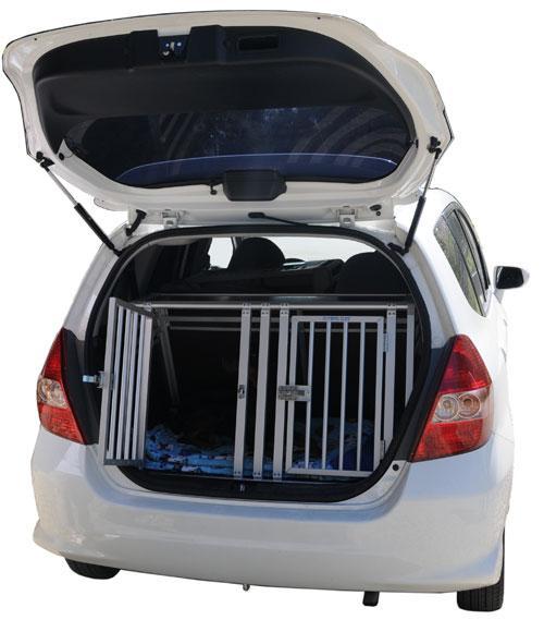 hundebox f r honda jazz gesucht sonstige hundethemen das gr sste. Black Bedroom Furniture Sets. Home Design Ideas